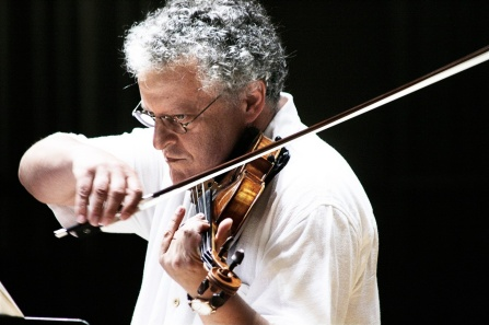 Violinist Irvine Arditti playing the violin.