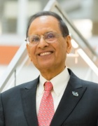 Portrait of UB President Satish K. Tripathi.