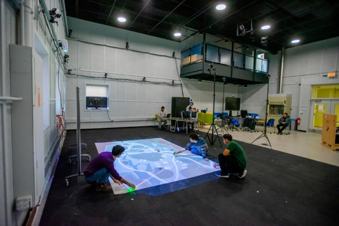 Students create a simulated environment to demonstrate on a small scale how teams of autonomous air and ground robots can work together.