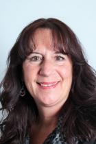 headshot of Susan Bagdasarian.