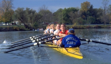 Buffalo Women's Crew team rowing