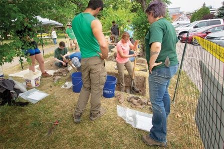 Kate Whalen oversees archaeologists in training from the UB Anthropology Field School.