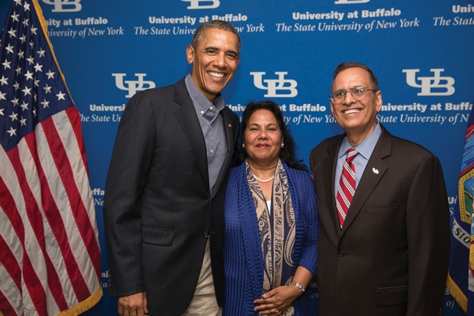 President Tripathi and his wife, Kamlesh, welcome President Obama to UB.