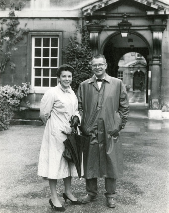 Hofstadter with his wife, Beatrice, at the University of Cambridge, where he taught from 1958-59.