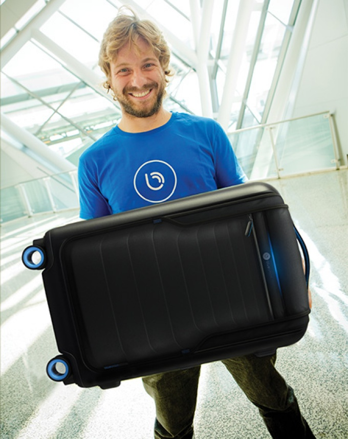 "Martin Diz shows off Bluesmart, the world's first ""smart"" suitcase."