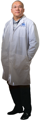 Dr. Jun-Xu Li in lab coat.