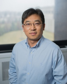 Head shot of Gang Wu, University at Buffalo battery and fuel cell expert.