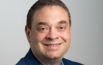 Head shot of Mark Swihart, University at Buffalo expert on materials science.