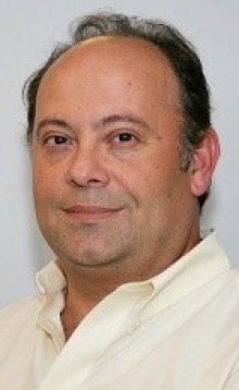Head shot of Panayotis (Peter) K. Thanos, University at Buffalo addiction and reward pathways expert.