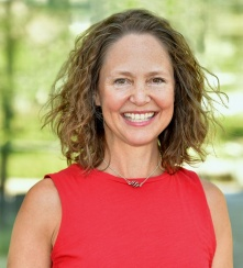 Head shot of Sarah Robert, University at Buffalo faculty expert on teachers, teachers' unions and school food.