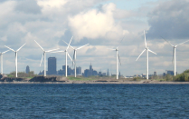 photo of Steel City wind farm on Lake Erie
