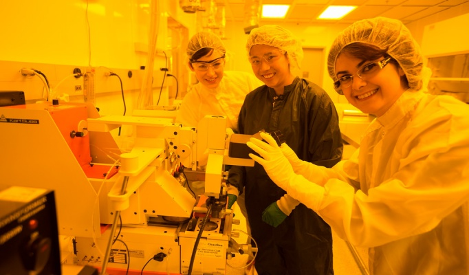 Goldwater Scholar and UB Engineering Student Anna Smith in cleanroom.