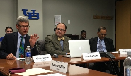 PSS Chair Domenic J. Licata with President Tripathi (right) and Provost Zukoski (Left) at a meeting of the Executive Committee, November 5, 2015.